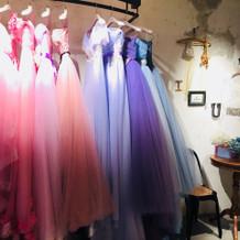 カラードレス一部。