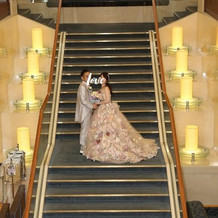 絵になる階段で撮影してもらえます♪