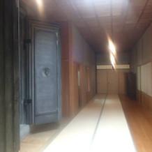 挙式場に続く廊下