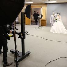 写真室はチャペルの手前にあります。