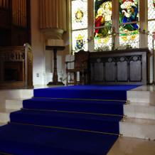 当日、この階段での儀式も素敵