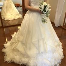 20万プラン内のドレスです