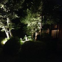 夜は雰囲気も様変わり