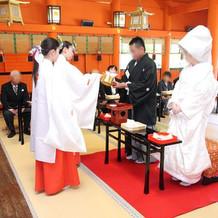 拝殿内・式の様子