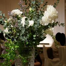 テーブル 装花
