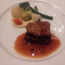 牛フィレ肉とフォアグラのソース
