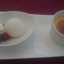 デザート、アイスとブリュレ