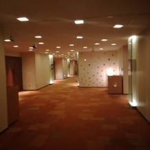 チャペル階の廊下
