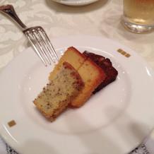 引出物のパウンドケーキ