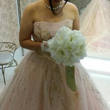 式場専用のカラードレス