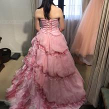 カラードレス試着です。