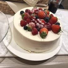 終わった後に控え室ででてきたケーキ。
