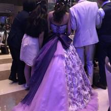 タキシードとドレスです。 素敵でした。