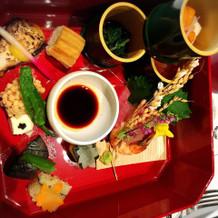 最初のお料理は和食