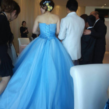 このドレスはかなり評判良かったです!