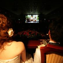 映画館みたいな大きなスクリーン☆