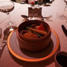 アワビと彩り野菜の蒸し物