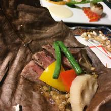 メインのお肉とお魚。 お肉は宮崎牛です。