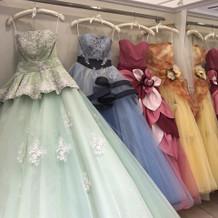 たくさんステキなドレス