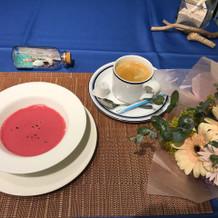季節の冷静スープ