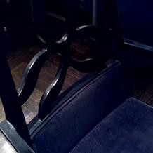 いすにひじおきがあるのはここだけ
