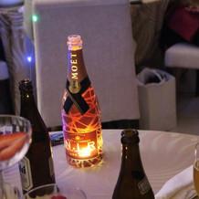 光るシャンパン