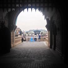 お城側から見たセレモニーの様子