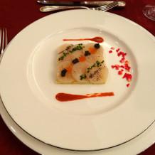 ホタテとイクラ、キャビアの前菜