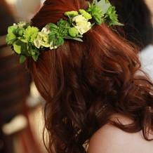 ずっと夢見た生花で作った花冠