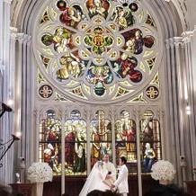 百合の香りがする大聖堂