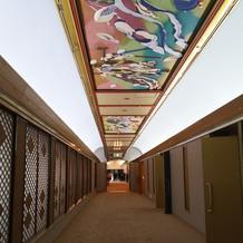 神殿までの廊下