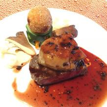 黒毛和牛のステーキです。