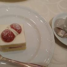 幸せを感じるケーキでした。