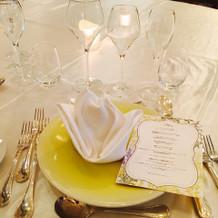 試食会の時のテーブルコーデ