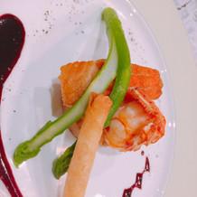 メイン(魚料理)