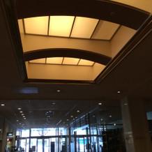 入口の天井