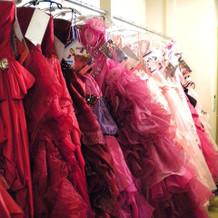 衣装②カラードレス