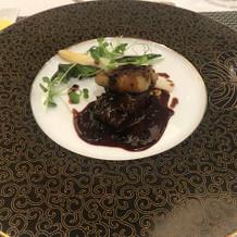 牛肉とフォアグラのトリュフソース