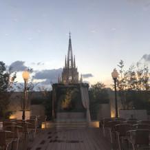 夕焼けの大聖堂