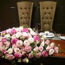 メインテーブル装花①