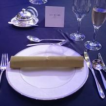 試食会テーブル