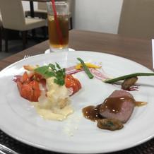 メイン料理。仙台味噌のソースが美味!