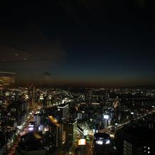 会場からの景色(10月夜6時半)