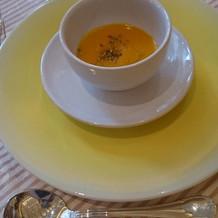 季節感溢れる南瓜のスープ。