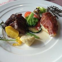 鯛のポワレと黒毛和牛のステーキ