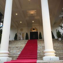 大階段は憧れであり魅力的!