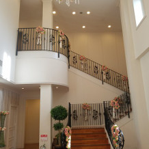 披露宴会場前の階段