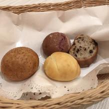 追加のパン4種