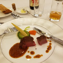 お肉料理。柔らかくて美味しかったです。