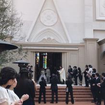 大聖堂からつながる中庭